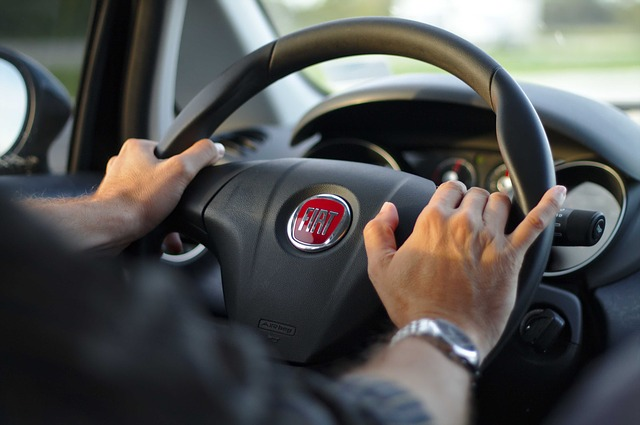 řidič vozu Fiat