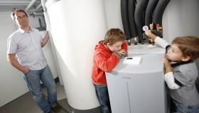 Kvalitní tepelná čerpadla se rodinným domům jednoznačně vyplatí